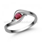 E326FR Rubin gyűrű