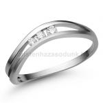E329 Eljegyzési Gyűrű